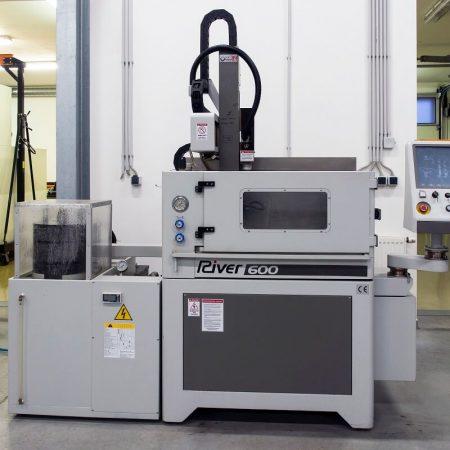 River 600-CNC (2)